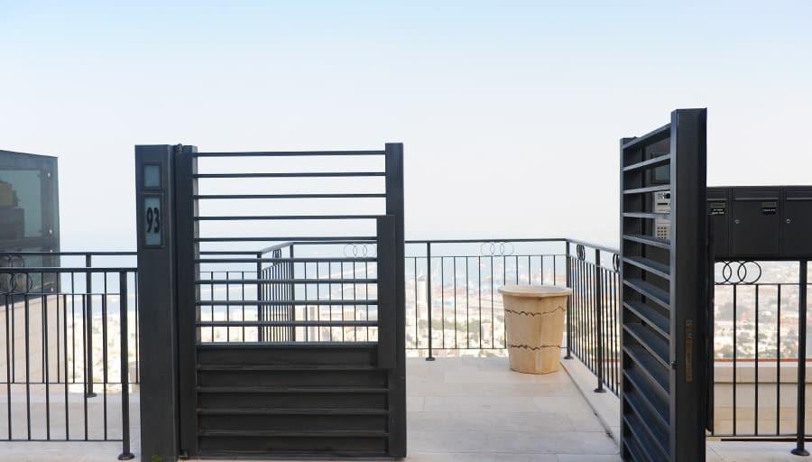 שערים חשמליים מברזל - חיפה