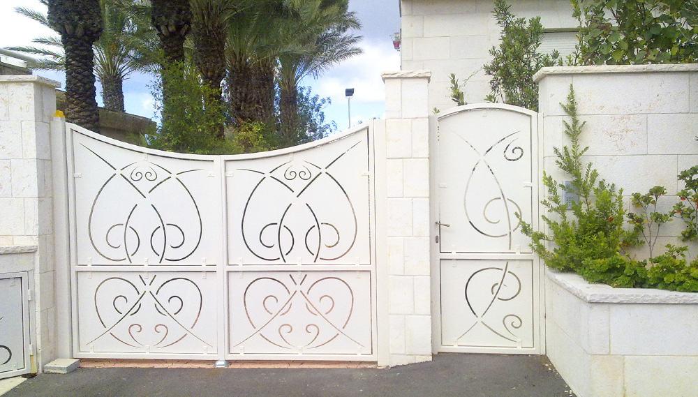 שער מברזל מעוצב אישי בית אונגר