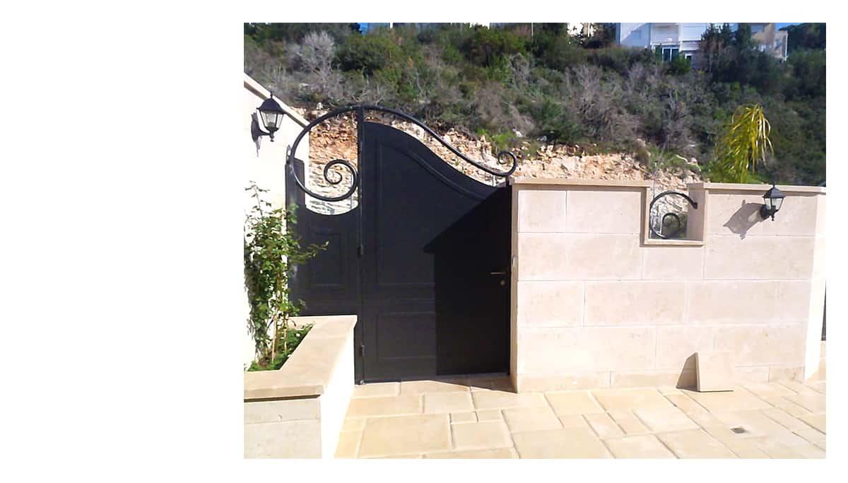 שער ברזל מעוצב בית אמנון והגר