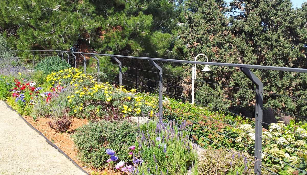 גדר ברזל מעוצבת בהתאמה אישית לחצר