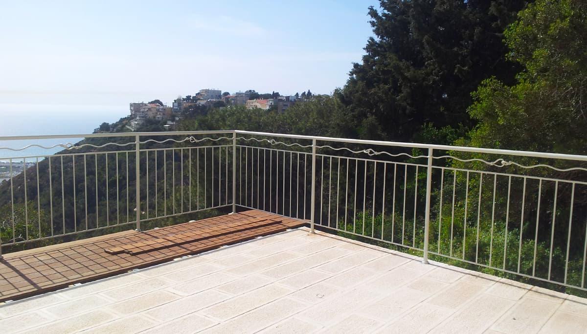 גדר ברזל בהתאמה אישית לחצר