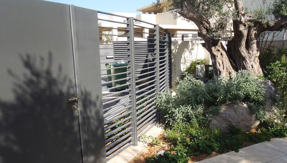 גדר ברזל בעיצוב אישי בית יבגני